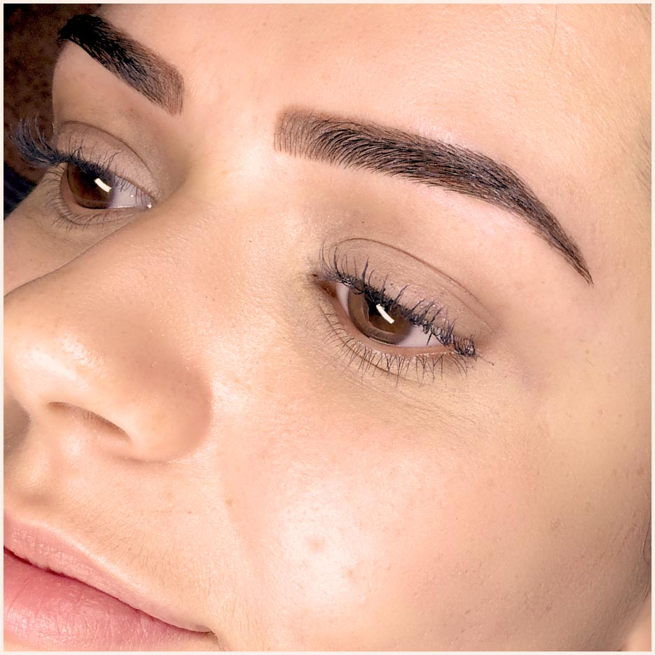Ashlii Combination Eyebrow Tattoo Before After